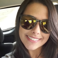 Paola Resende's avatar